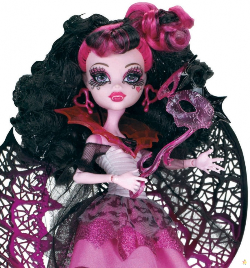 X3716 Кукла Monster High Маскарад, Дракулаура